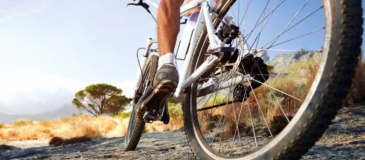 Cause of knee pain during riding a bicycle