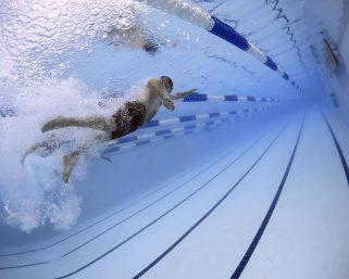 Pływanie a odchudzanie, co warto wiedzieć?