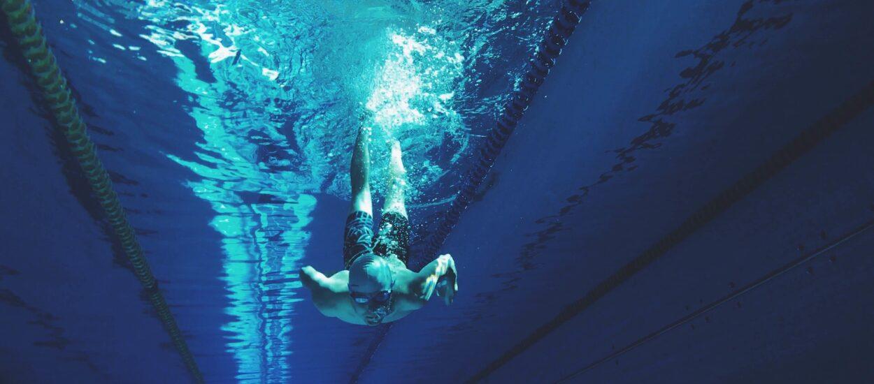 Korzyści z pływania niezależnie od poziomu sprawności